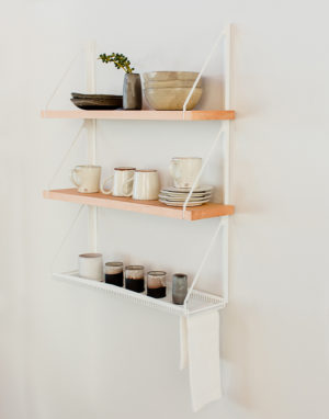 Palmy Kitchen shelf with Ceramics - side