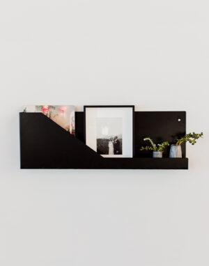 Palmy reading shelf