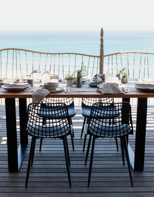 Palmy Stoep table setting